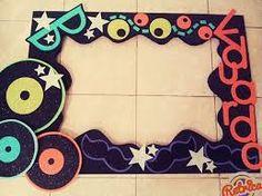 Resultado de imagen para cuadros de unicel decorados para fiestas 18 años