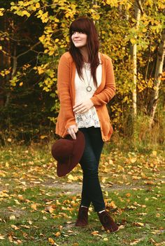 Tieka rocking the Lace Up Wedge Booties with her perfect Fall outfit via Selective Potential Stylish Outfits, Fall Outfits, Cute Outfits, Prep Style, My Style, Funky Style, Teen Fashion, Fashion Outfits, Perfect Fall Outfit