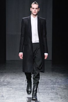 Nicolas Andreas Taralis Fall 2012 Ready-to-Wear Fashion Show