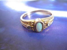 Antiker Ring Gold 333 mit Opal