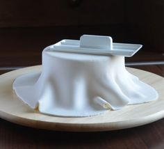 Butter Dish, Cake Decorating, Food And Drink, Dishes, Cookies, Recipes, Mocha, Yogurt, Crack Crackers