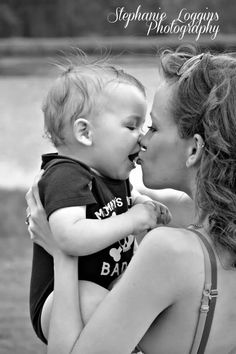 Baby kisses. First birthday pictures. Mommy and me. Baby boy