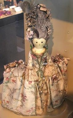 Stunning antique clothespin doll!!! We have to clothespins for you to create your own Lovely Lady!