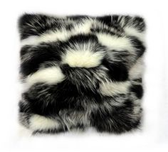 Fur Fashion, Decor Styles, Husky, Disney, Dogs, Animals, Image, Animales, Animaux