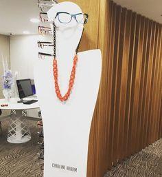 Les collections pétillantes et féminines vous attendent chez Clin d'œil Opticiens Dijon La Toison d'or ! #clindoeil #clindoeilopticiens #féminité #dijon #bourgogne #lunettes #glamour