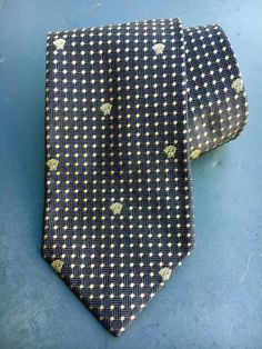 7e3087f2cb38 Details about Gianni Versace Neck Tie - 100% Silk - Made In Italy - Purple  & Gold