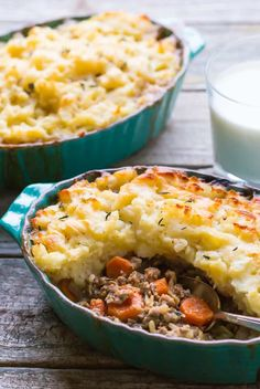 Insanely Delicious Gluten Free Shepherds Pie made with lamb or beef, Whole30 Option. this recipe is SO good you'll be coming back for more! Make it TODAY!