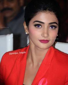 Beautiful Girl Indian, Beautiful Women, Lord Shiva Statue, Trisha Krishnan, Cute Girl Photo, Actress Photos, Girl Photos, Cute Girls, Desi