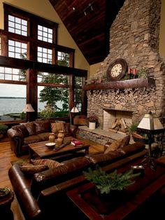 Traditional Lake Home Design, Pictures, Remodel, Decor and Ideas - page 7