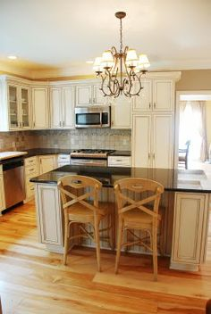 Uba Tuba Granite With Antique White Cabinets Bernard
