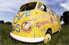 Bild 1 / 30 - Bildergalerien - VW T1: Vor 60 Jahren ging der Bulli in Serie | heise Autos