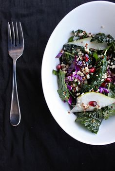 Hey there gorgeous --> Kale Quinoa Pomegranate Salad via CHOWVIDA #healthy #fresh #superfood