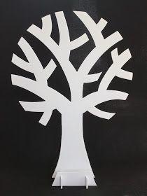 Deze keer wat anders dan een haakwerkje. Voor een 45-jarige bruiloft heb ik een wensboom gemaakt, waarin de gasten een kaartje met een wens ...