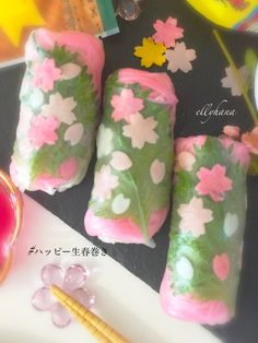 Japanese Dishes, Japanese Food, Easy Healthy Recipes, Asian Recipes, Asian Desserts, Food Decoration, Seasonal Flowers, Chicken And Dumplings, Mini Foods