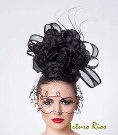Black Couture Fascinator Cocktail Hat with Vintage di ArturoRios