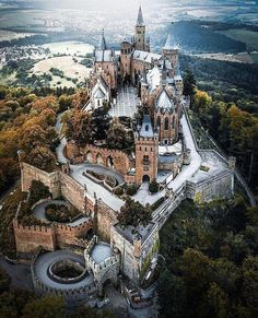 Hohenzollern Castle Spread the love Germany is located in the heart of Europe, Now ad days Germany maintains one of the most powerful economies in the world. Germany was also known for the World War II history and the country was split into two si Gothic Castle, Fantasy Castle, Medieval Castle, Beautiful Castles, Beautiful Buildings, Beautiful Places, Castles In Ireland, Germany Castles, Scotland Castles