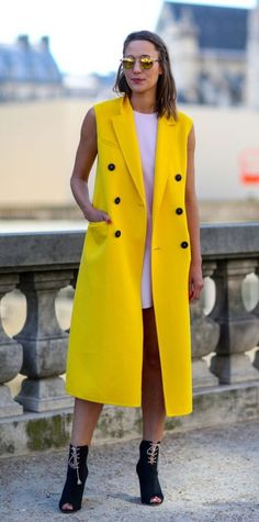 Pop Of Color Yellow Vest Long 2017 Street Style