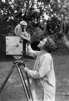 Osa Johnson (1884-1937)- Full time world adventurer and filmmaker! Along with her husband Martin Johnson the two traveled the world making documentaries.   Color me green!