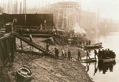1908 - workers arrive at Thames Ironworks by boat - the company's football team would become West Ham United FC.hence the irons Victorian London, Vintage London, Old London, East London, London History, British History, Time Pictures, Old Pictures, 19th Century London