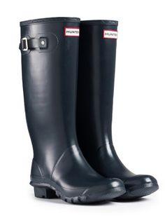 Huntress Wider Calf Rain Boots | Hunter Boot Ltd