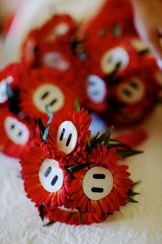 DIY Mario Bros bouquets :  wedding blue bouquet bridesmaids diy flowers red Mario Bros Bouquets Detail