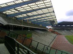 """Stade Roi Bauduin, Heysel, Bruselas, Bélgica. Capacidad 50.100 espectadores, Equipo local Selección Bélgica. Antiguamente conocido con el nombre de """"Estadio de Heysel"""" (en francés: Stade du Heysel en holandés: Heizelstadion)."""