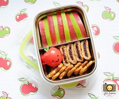 easy to fix snacks presented in a creative way. perfect for a picnic at the botanical gardens