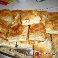 Αφράτη πατσαβουρόπιτα με τυριά Filo Recipe, Apple Pie, French Toast, Food And Drink, Cooking Recipes, Fish, Breakfast, Desserts, Cakes