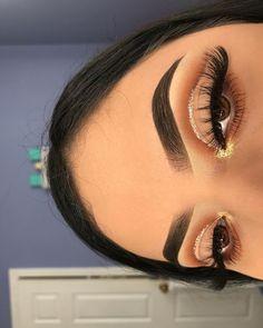 (notitle) - ↬ make up - Eye-Makeup Creative Eye Makeup, Eye Makeup Art, Colorful Eye Makeup, Skin Makeup, Eyeshadow Makeup, Hooded Eye Makeup, Eye Makeup Cut Crease, Gold Eye Makeup, Edgy Makeup