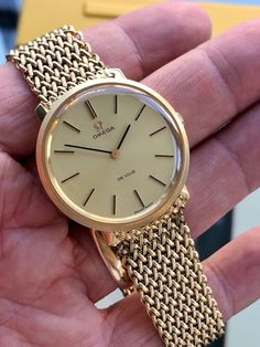 Mens Watches For Sale, Luxury Watches For Men, Ranunculus Flowers, Vintage Omega, Gold Box, Metal Bracelets, Vintage Watches, Bracelet Watch, Accessories
