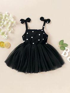 Girls Frock Design, Baby Dress Design, Baby Girl Dress Patterns, Baby Clothes Patterns, Cute Baby Clothes, Baby Tutu Dresses, Toddler Girl Dresses, Newborn Baby Girl Dresses, Toddler Girls