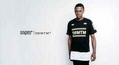 Das Team Long T-Shirt von DRMTM ist ein SNIPES Exclusive und bietet dazu noch Color Blocking und weitere kontrastierte Details vom Allerfeinsten. Das schwarze Shirt bekommt am Hüftabschluss einen weißen Einsatz und massig Prints, unter anderem auf den Ärmeln und der Brust - da sogar gleich drei! Artikelnr. 6037762 Größen: S-XXL Preis: 34,99 Euro #snipes #snipesknows #drmtm #streetwear