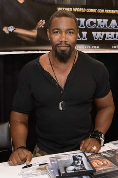 Michael Jai White attends Wizard World Chicago Comic Con 2014 at Donald E. Stephens Convention Center on August 22, 2014 in Chicago, Illinois.