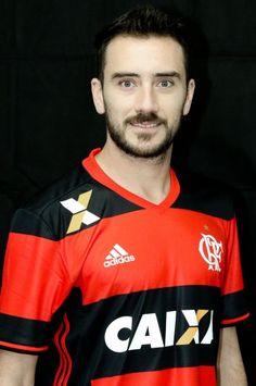 Números de Mancuello pelo Flamengo:  32 Jogos Oficiais - 22 como Titular 5 Gols 5 Assistências 3 Cartões Amarelos
