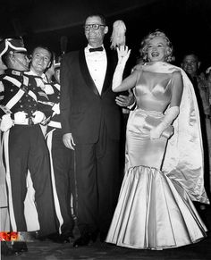 """Marilyn  Arthur at the premiere of """"The Prince  The Showgirl"""" 1957"""