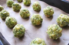 For SCD use coconut flour not tapioca starch. This Scrumptious Baked Zucchini Tots Recipe, whether served as a side dish or as a snack, is sure to please people of all ages. Healthy Meals For One, Healthy Side Dishes, Healthy Eating Recipes, Vegetable Side Dishes, Side Dish Recipes, Healthy Cooking, Vegetable Recipes, Healthy Snacks, Healthy Pizza