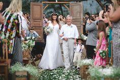 Noiva Camila Rezende/Foto: Tulio Thomé / Cerimônia e Festa: Grumari Beach Garden / Data: 20/09/2014