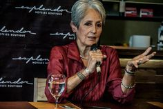 joan-baez-06-03-14, in Buenos Aires. Age 73.