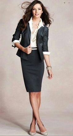 Para o dia a dia um look maravilhos de uma Secretária Executiva