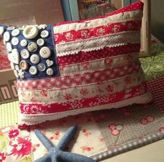 AMERICAN FLAG PILLOW...made from Fabric Scraps & Buttons! via Emily Ann's Kloset