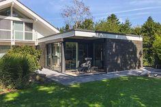 Wohn Modul in 35435 Wettenberg • Russ Modulbau Berg, Outdoor Decor, Home Decor, Wood Facade, Homes, Decoration Home, Room Decor, Home Interior Design, Home Decoration