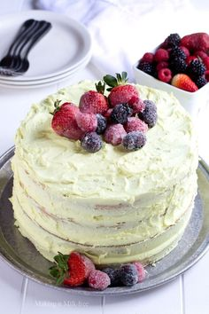 Making it Milk-free: Lemon Layer Cake {gluten free vegan} (Vegan Gluten Free Recipes) Gluten Free Cakes, Gluten Free Baking, Gluten Free Recipes, Gluten Free Vegan Cake, Healthy Baking, Healthy Food, Vegan Recipes, Paleo, Keto
