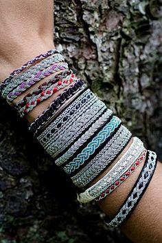 This jewellery dates back to 400 Thread Bracelets, Bracelets For Men, Fashion Bracelets, Cuff Bracelets, Bangles, Jewelry Crafts, Jewelry Art, Handmade Jewelry, Jewelry Design