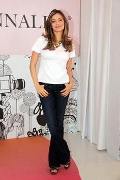 Bruna Marquezine e Grazi Massafera: aprenda a usar calça flare com as famosas