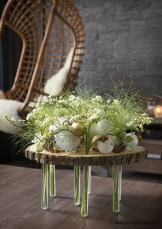 Very modern contemporary Spring table centerpiece with floral tube supporting a round wood platform! Cool - and very different look for a Spring or Easter Party! Deco Floral, Floral Design, Art Floral Noel, Contemporary Flower Arrangements, Flower Factory, Vase Shapes, Ikebana, Flower Crafts, Flower Vases