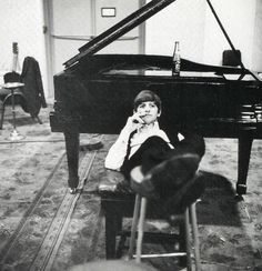 Recording a Hard Day's Night in 1964