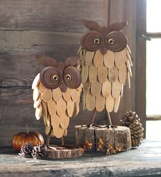 Rustic Metal and Wood Owls bring unique style to your fall, Halloween or country décor.