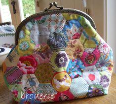 Back view http://broderie.typepad.com/.a/6a00d8345475ed69e2017d3c2db719970c-pi