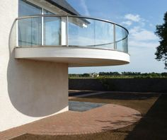 Balcony Balustrade in Scotland Balcony Glass Design, Glass Balcony Railing, Balcony Railing Design, Staircase Design, Glass Handrail, Frameless Glass Balustrade, Glass Juliet Balcony, Interior Balcony, House With Balcony