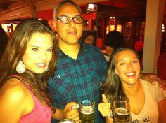 Gi, Alê e Raffa no Happy Hour